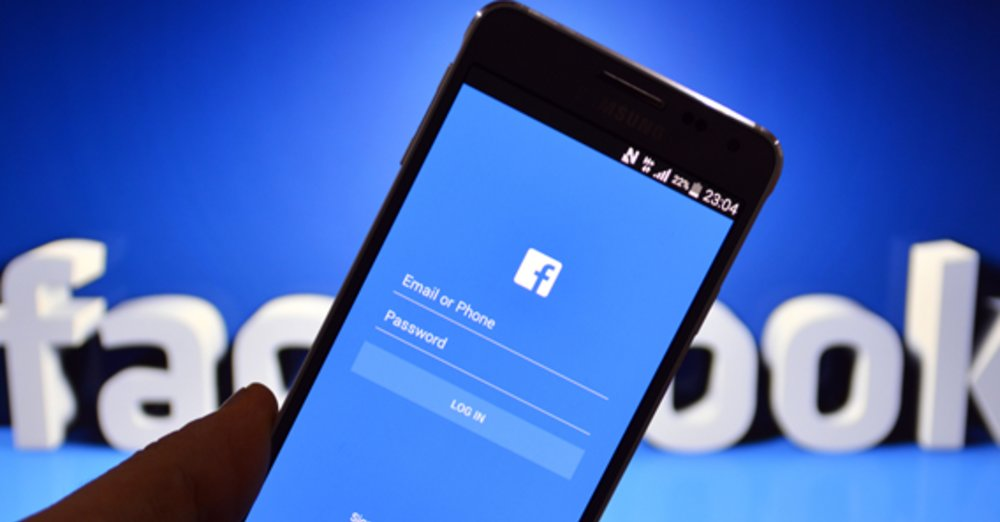 Using the Facebook app over the phone