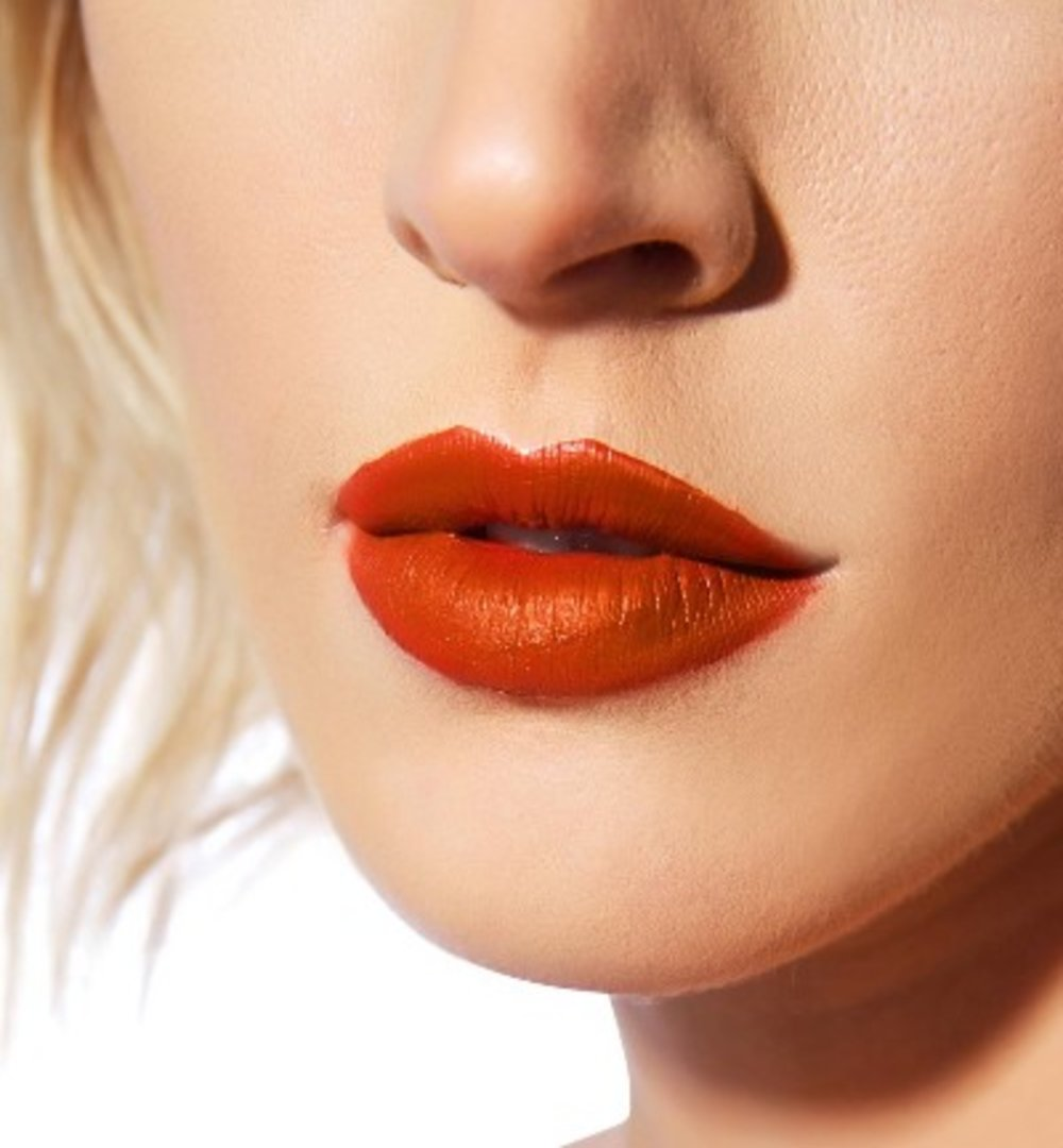 How to Have Healthy Luscious Lips this Fall
