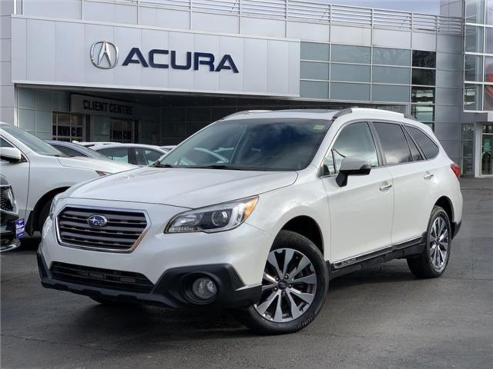 2017 Pre-Owned Subaru Outback 3.6R Touring $28,989 Acura On Brant, Burlington, O