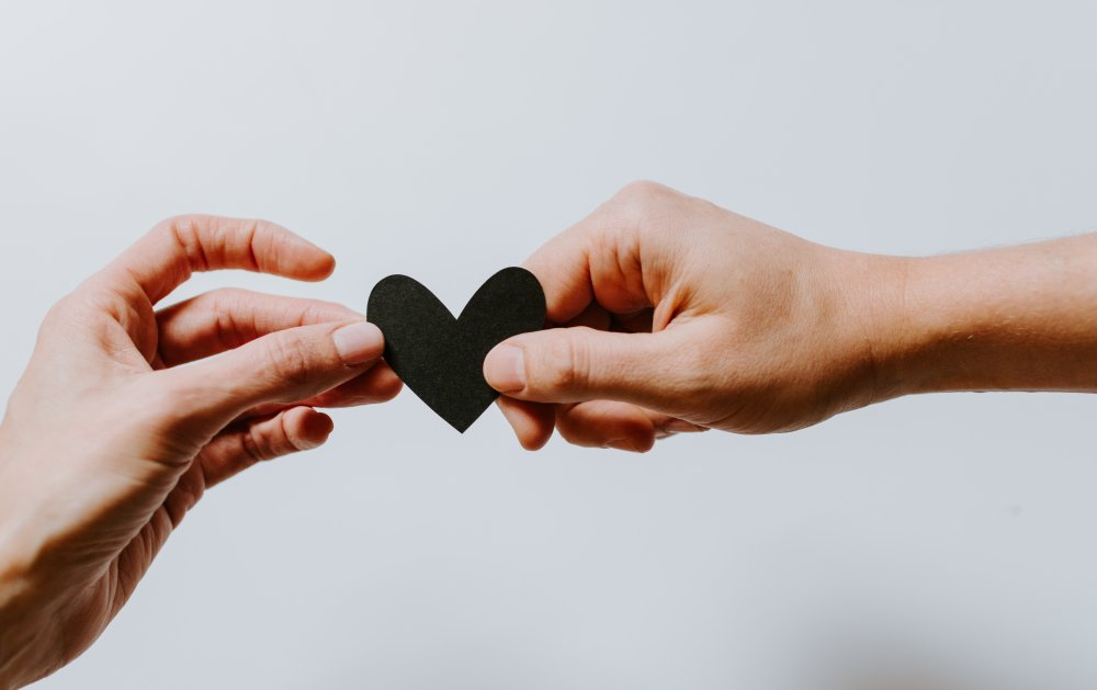 4 Ways to Connect with Your Clients in a Human Voice