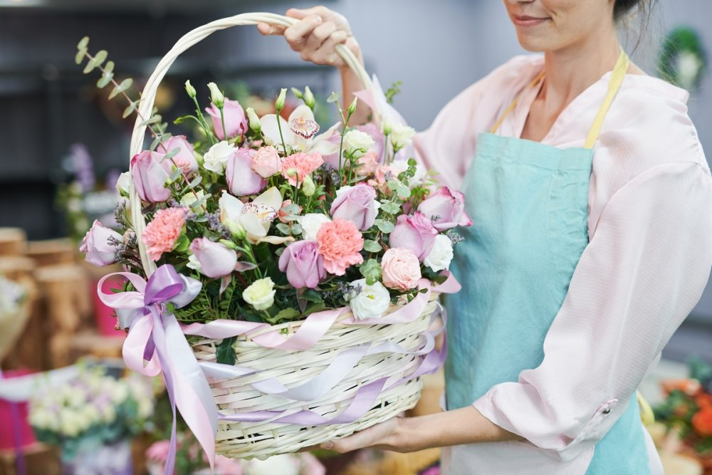 Beautiful bouquets and floral arrangements delivered by 416-Flowers