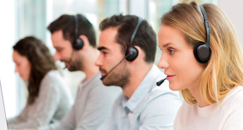 3 Reasons Why You Should Go For Call Centers