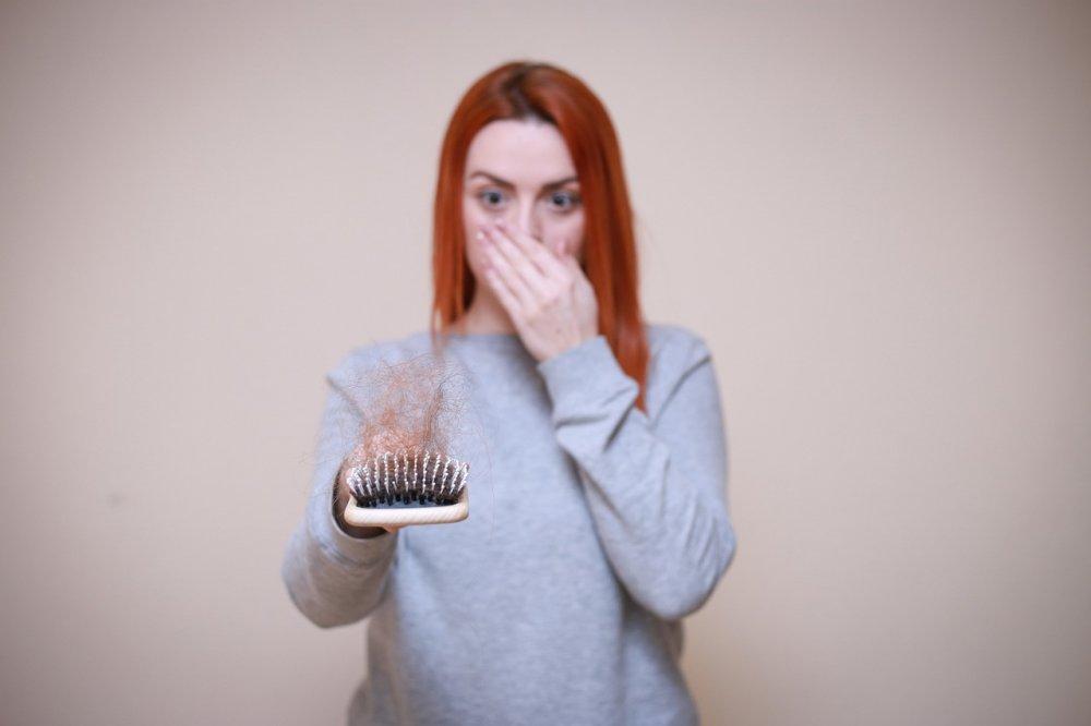 Truffa Shedir Pharma | Riprendi i capelli con integratori