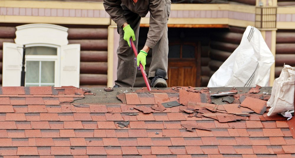 When Should An Asphalt Shingle Roof Be Replaced?
