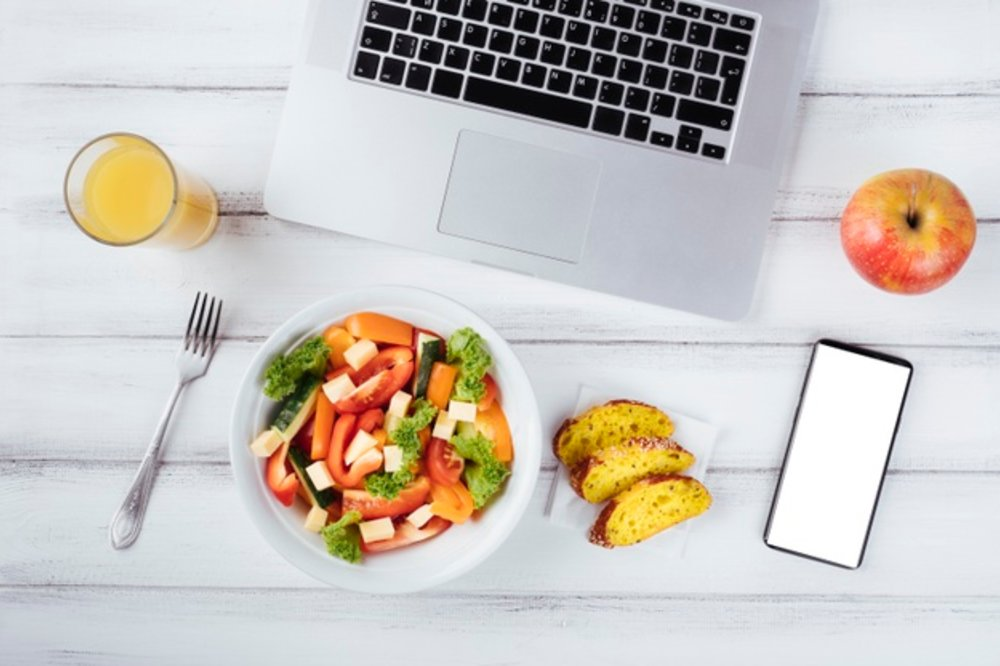 How To Improve Your Health & Wellbeing While Working Remotely
