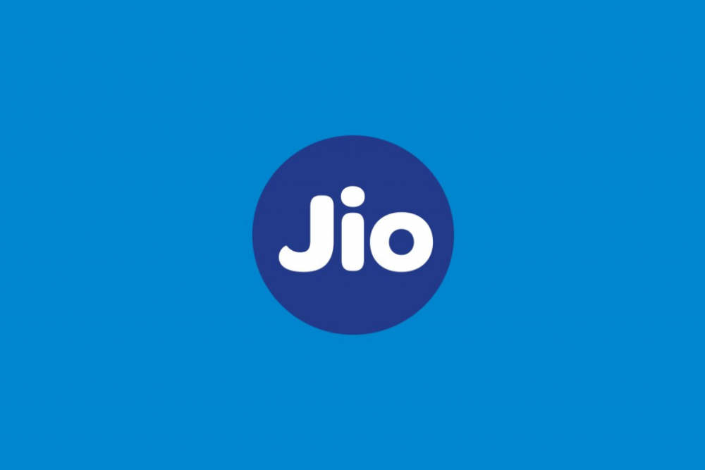 Reliance Jio provides 5 months of free data, calls