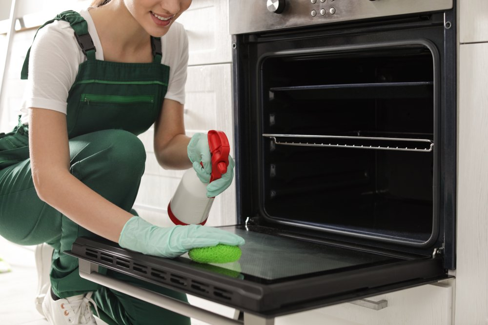 A Brief Discussion on Kitchen Oven Cleaning