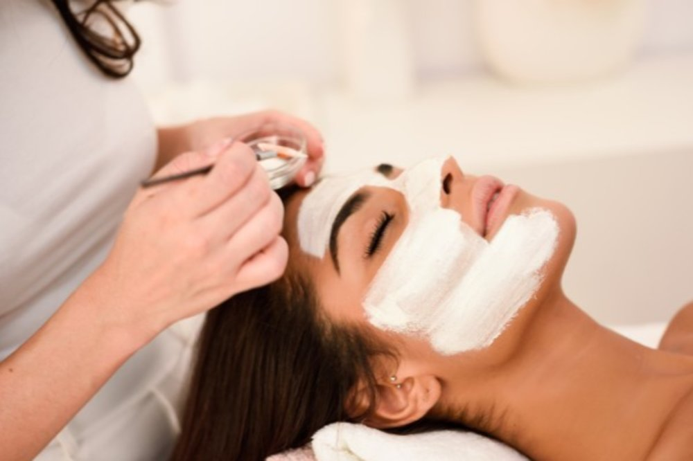 September FACIAL Promotion to brighten and renew your facial skin