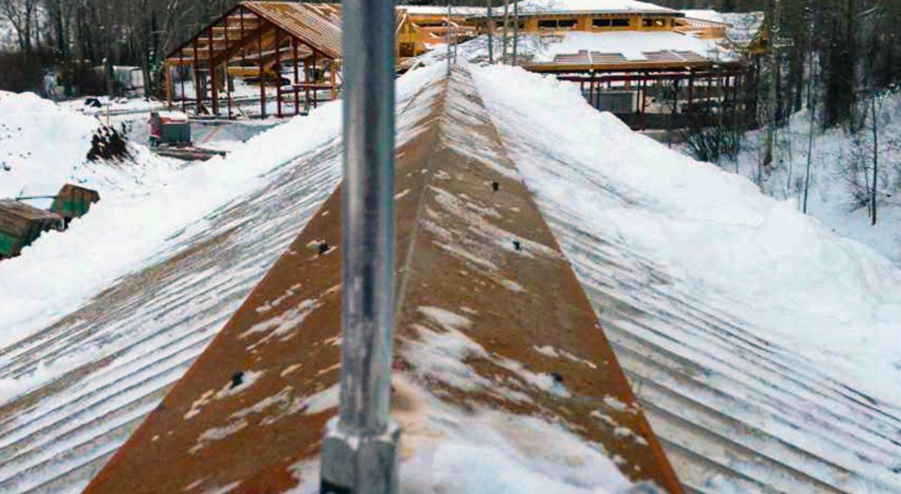 Why Should You Have A Metal Roof This Winter?