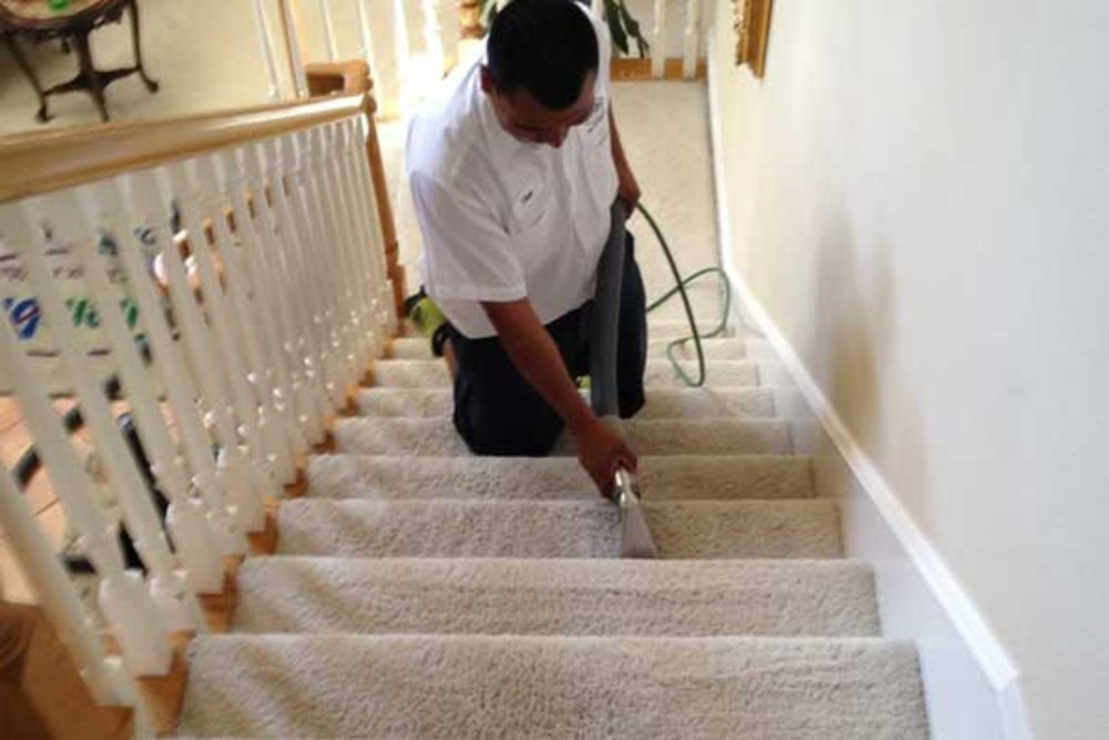 How to clean carpet on the stairs