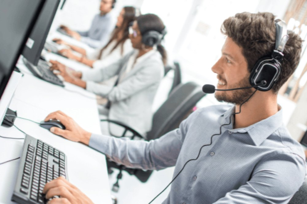 Several  Reasons To Choose The Call Center Services For Your Business
