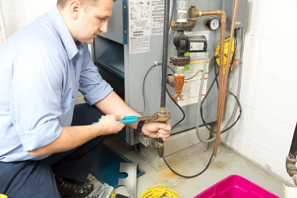 Furnace Maintenance: Top 9 Tips in 2021 to Keep You Warm This Winter