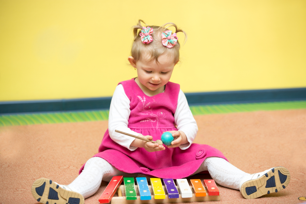 Montessori Activities for 18 to 21 Months