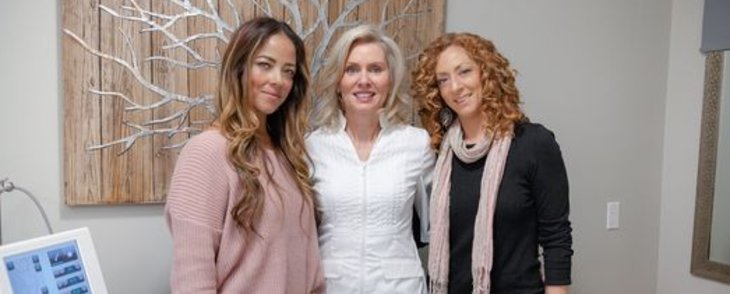 Red Brunette Gals Glowing review of Your Perfect Skin Inc