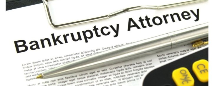 What is the Difference Between Bankruptcy Lawyers and Trustees?