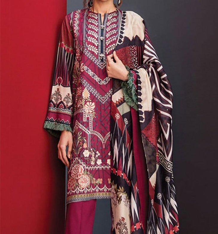 Planner Ladies Suits Extensively Accepted Outfits by Women Worldwide