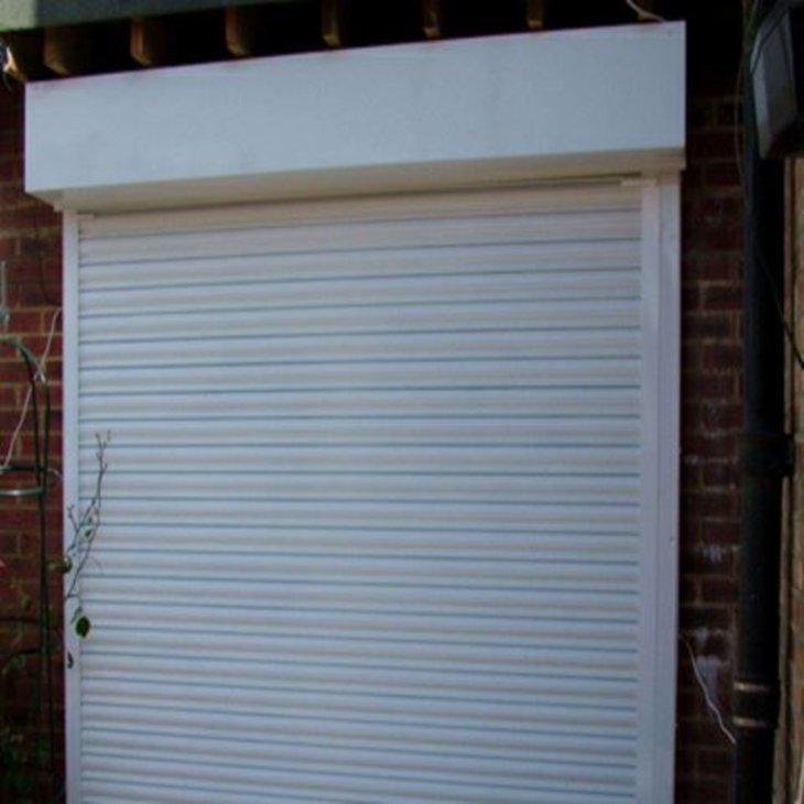 TOP MAIN REASON TO USE SECURITY SHUTTERS IN LONDON