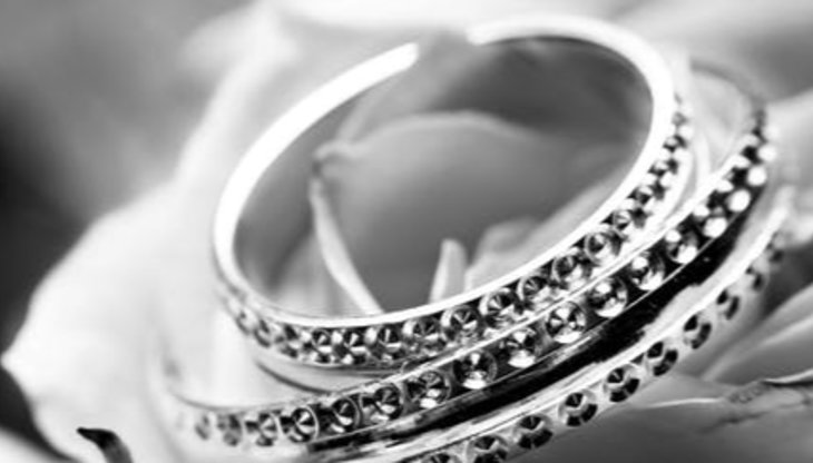 Things to Consider When Buying Jewelry Online