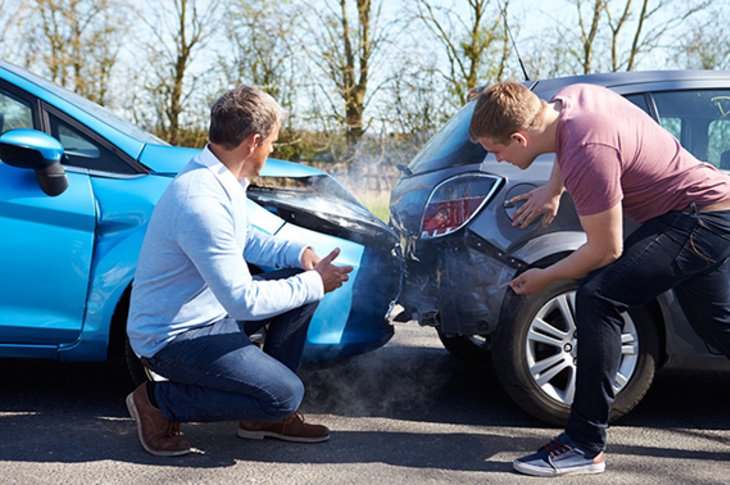 Know All About the Services Dealt by Smash Repairs Ashfield