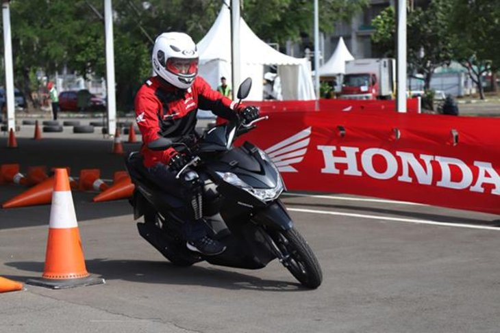 Translucent 60.6 km / liter, this is the secret to Honda Beat being the most eco