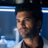 Sendhil Ramamurthy is an American-Indian actor. Both his parents are Indians and lived in India before immigrating to USA. Let's know more.