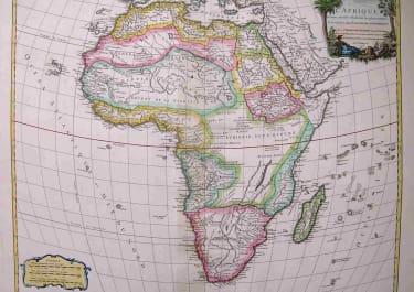 AFRICA L'AFRIQUE DRESSEE SUR LES RELATIONS LES PLUS RECENTES