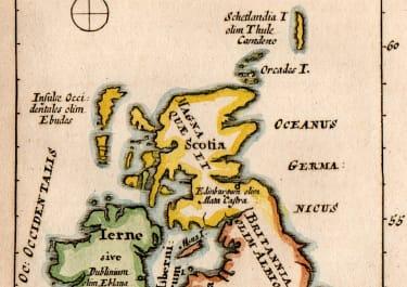 WELLS UNUSUAL SMALL MAP OF BRITISH ISLES