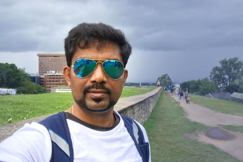 Dinesh GanesanFounder & CEO