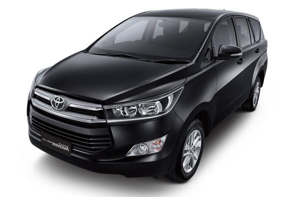 Sewa Mobil Innova Reborn di Malang