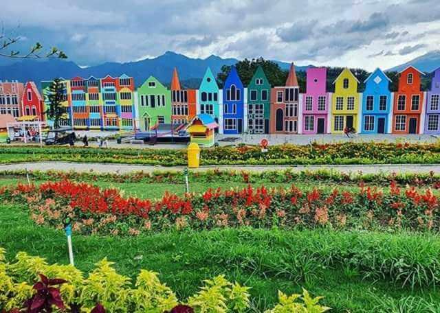 taman bunga flora wisata san terra