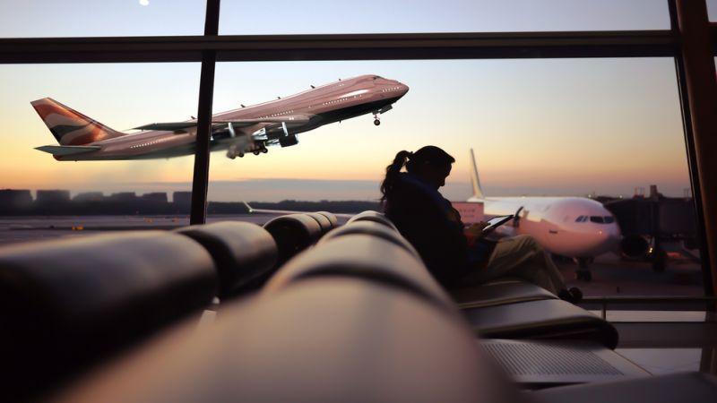 protokol kesehatan saat naik pesawat