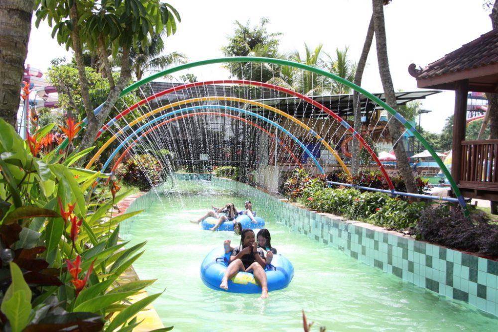 waimea stream river hawai waterpark