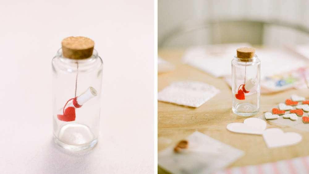 Idée déco petit message d'amour enfermé dans un bocal thème champêtre
