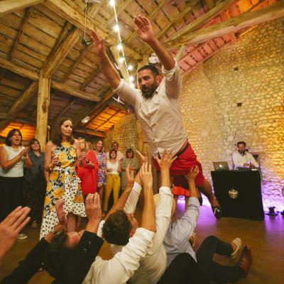se marrer se fendre la gueule passé un bon moment Photographe de mariage et d'entreprise à Bordeaux en Gironde et ailleurs... Créateur de souvenirs. Christophe B. tél. 06 89 577 717 - www.photographe-33.fr