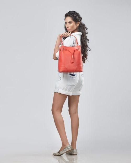 furla-stacy-orange-full-min-min