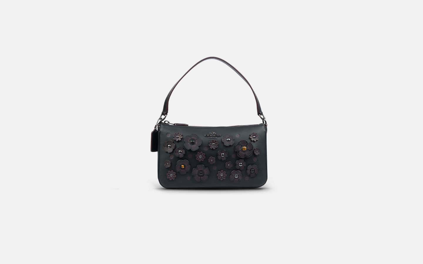 coach-willow-black-front-min-min