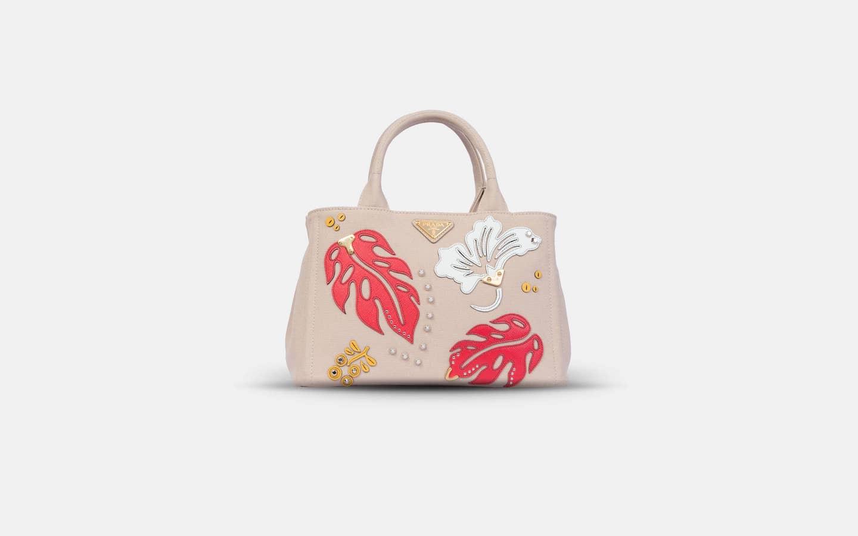 prada-hawai-pink-front-min-min