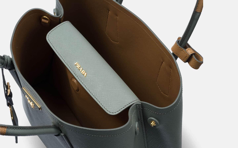 Prada_Saffiano_Bicolour_Cuir_Bag_Grey_Handbag_Perspective-min