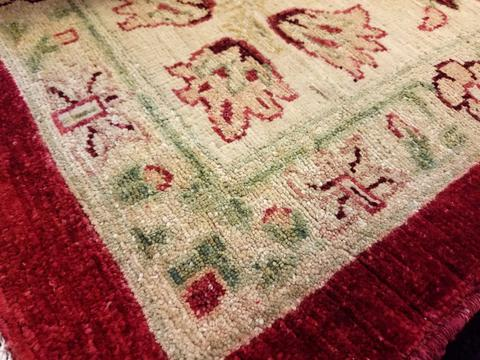 10x14 Red/Gold Peshawar Ziegler Rug corner close up