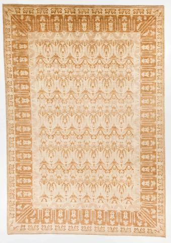 9.83 x 14' White and Gold Ikat Rug
