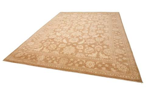 8.5 x 11.5' Honey and Ivory Overdyed Ziegler Rug 1