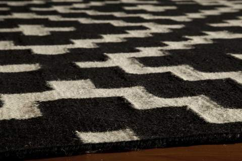 Black Indian Geometric Flat Weave Modern Rug 1