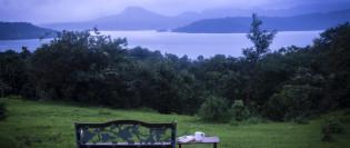 Lakefront Villa at Mulshi