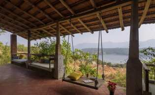 Private Waterfront Villas in Mulshi