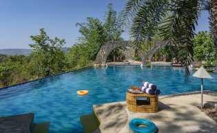 Private Waterfront Villas in Kamshet