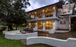 Casa Blanca, Karjat