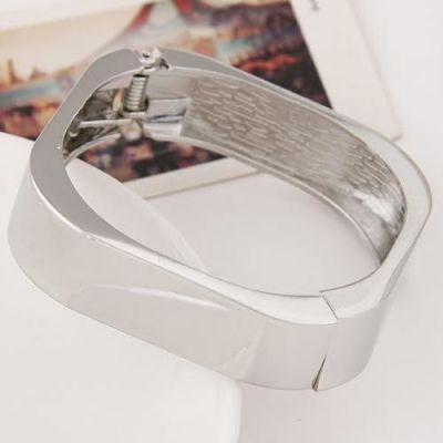 Silver Hollow Adjustable Bracelet