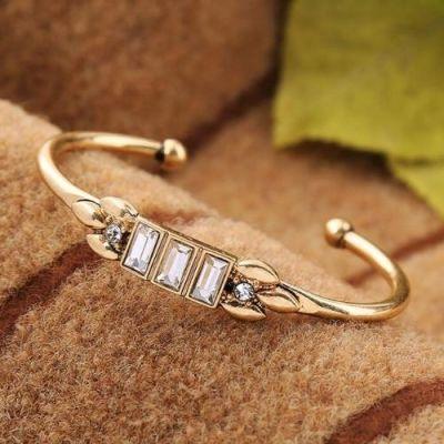 Lady Charm Bracelet