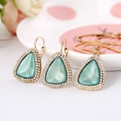 Sia Sea Green Pendant Set