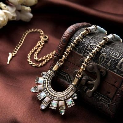 Mayil Necklace